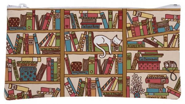 """Etuitasche """"Katze im Bücherregal"""""""