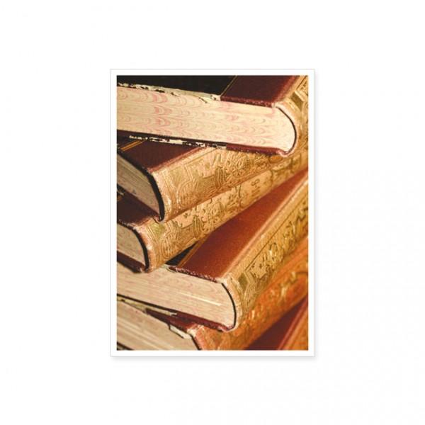 "Postkarte ""Antiker Buchstapel"""